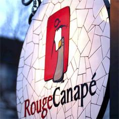 Rouge Canapé