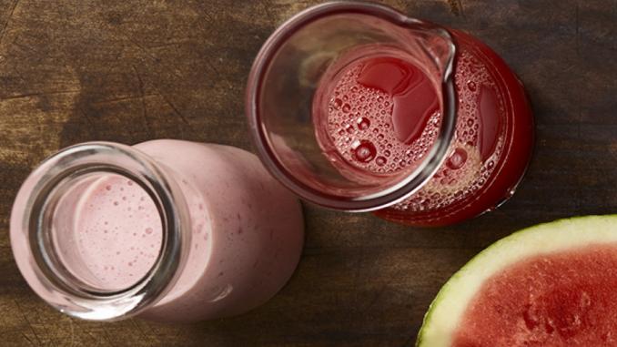 Recette : Frappé rose aux superfruits