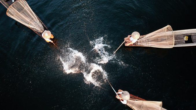 First Prize - Story Enthusiast Group: A Fishing Performance at Inle Lake © 水庆华 – SkyPixel