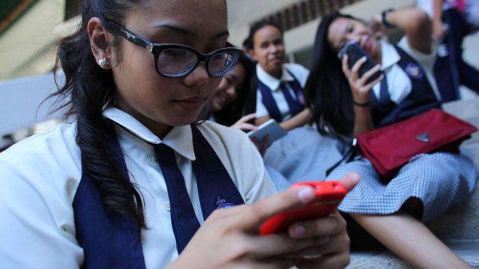 Chaque jour, des milliers d'enfants vont en ligne pour la première fois, ce qui les expose à une foultitude de dangers.