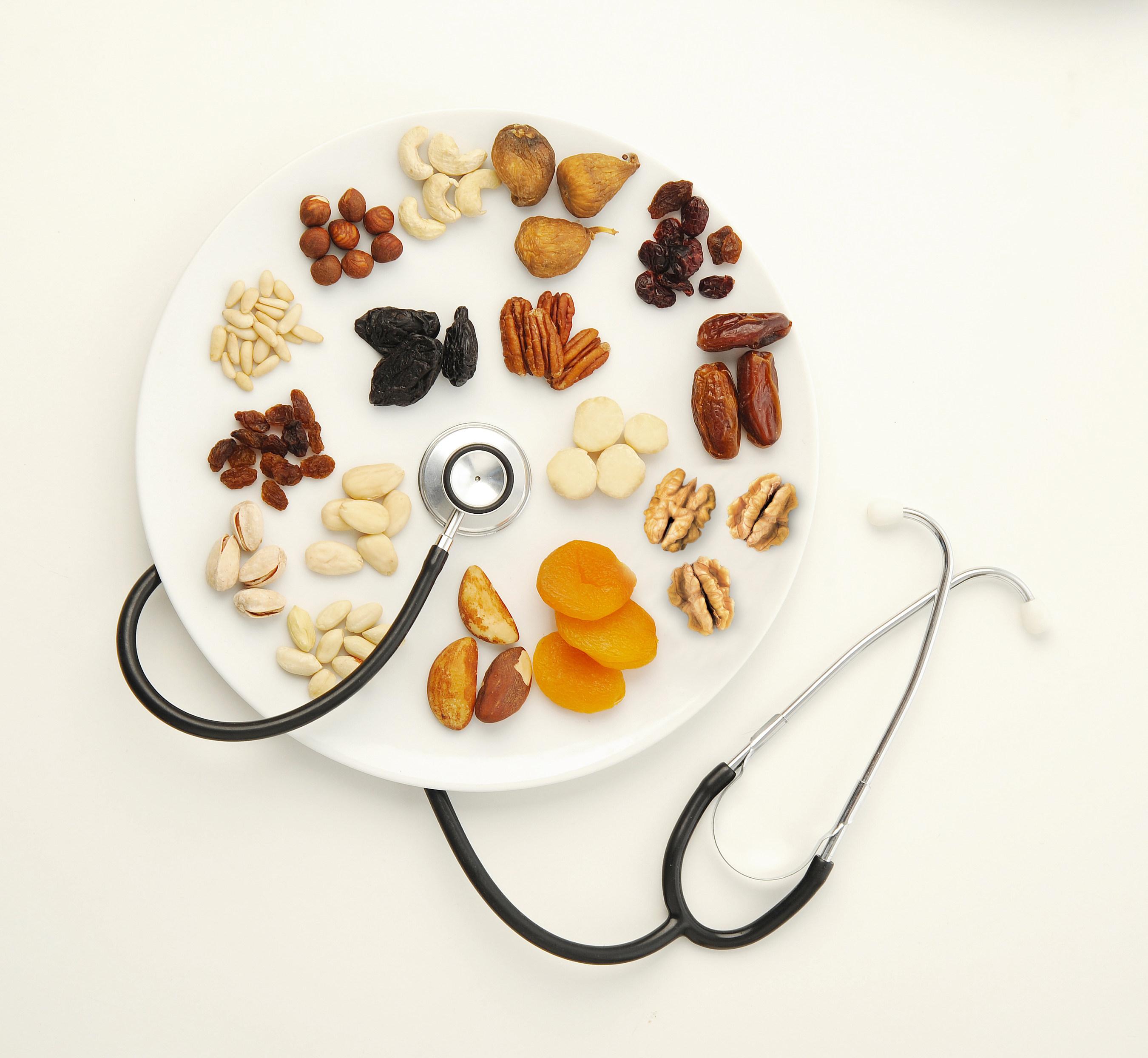 Les noix et les fruits secs peuvent permettre d'améliorer la santé intestinale