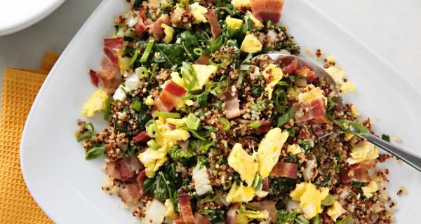 Recette : Riz frit au quinoa avec bacon et pak choï