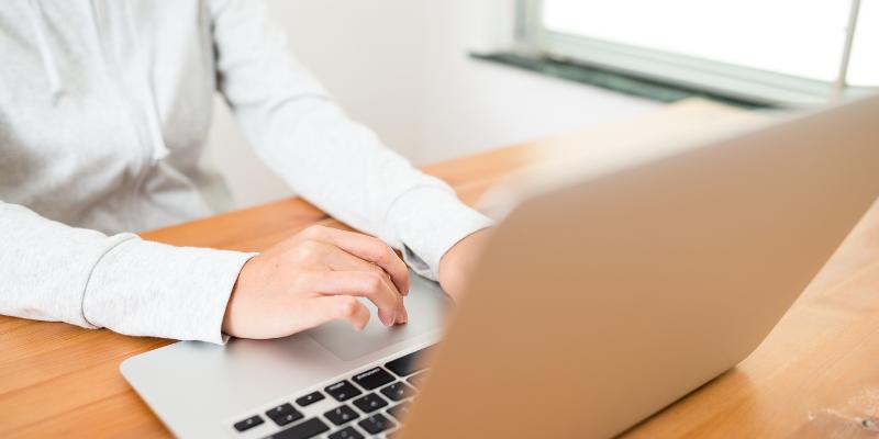Mettez à jour vos compétences numériques pour rester en contact
